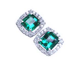 Colombian emerald earrings